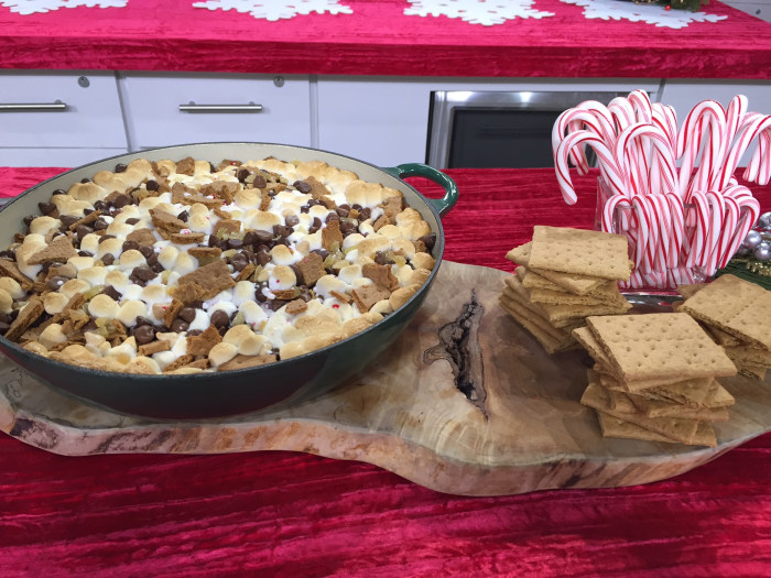Peppermint S'mores Dip recipe