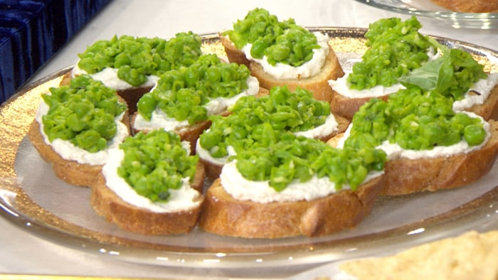 Siri Daly's Smashed Pea and Ricotta Crostini
