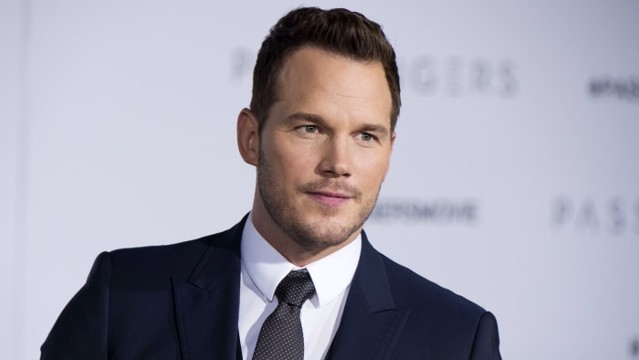 Chris Pratt says online impostor is hitting on female fans