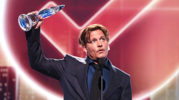 Johnny Depp thanks his fans as he got People's Choice Award