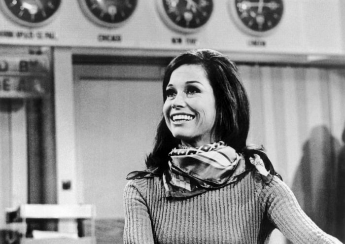 Watch mary tyler moore explain the touching meaning behind her name - Mary tyler moore show ...