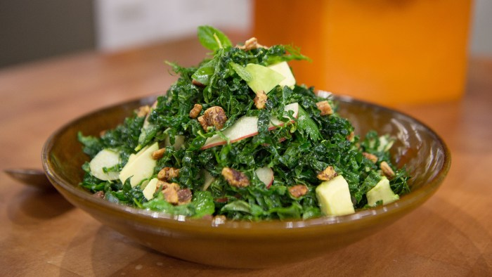Kale and Avocado Salad with Yogurt-Dill Vinaigrette