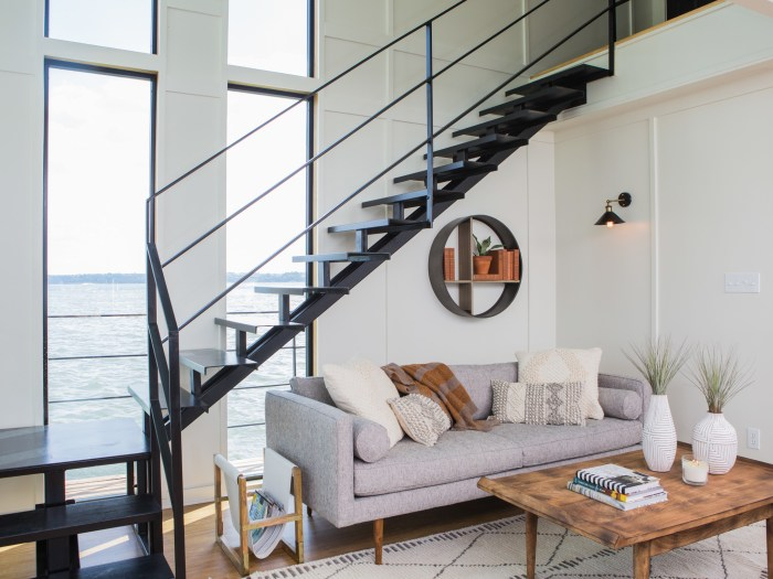 See how Chip and Joanna Gaines turned a houseboat into a dreamboat