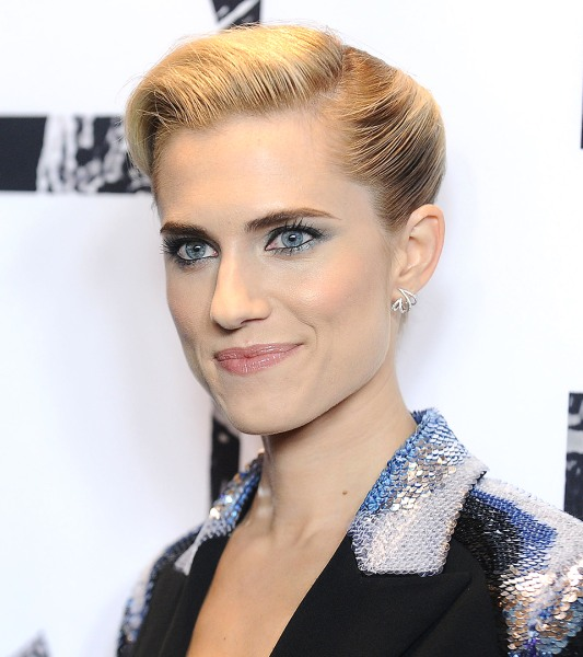 Trends 2017 hair color - Allison Williams Katy Perry Go Blond How To Get The Look