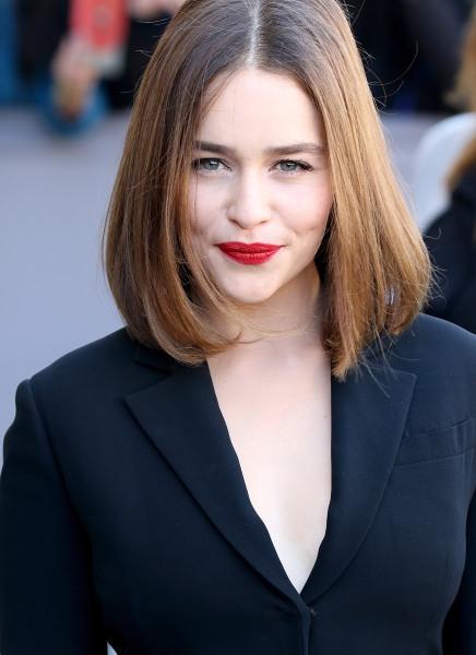 Game Of Thrones Star Emilia Clarke Has Bangs Today Com