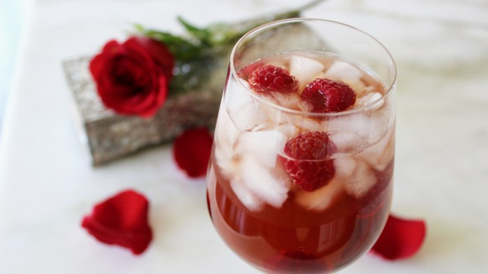 Bachelor Final Rose Cocktail.