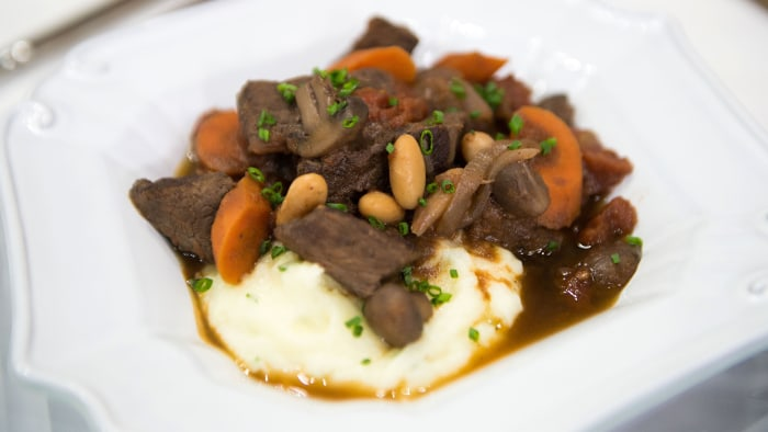 STUART O'KEEFFE ST. PATRICK'S DAY: Stuart O'Keeffe's Velvety Smooth Mashed Potatoes, Stuart O'Keeffe's Quick Beef Stew