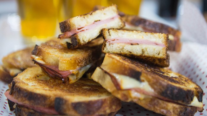 Carson Daly's Grilled Ham and Cheese Sandwiches