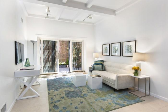 The Living Room Comedy Club Brooklyn
