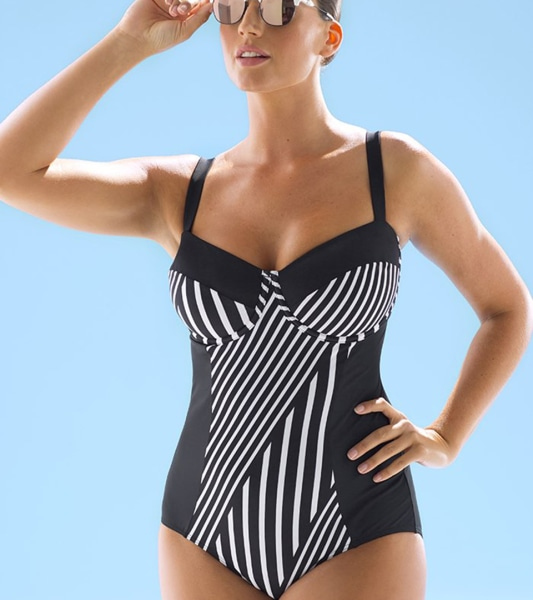 I'm dishing good places to buy swimsuits, the best places to find deals, best one piece swimsuits, swimwear fit and more! Without further ado, let's talk best places to buy swimsuits for summer ! Best Places To Buy Swimsuits.