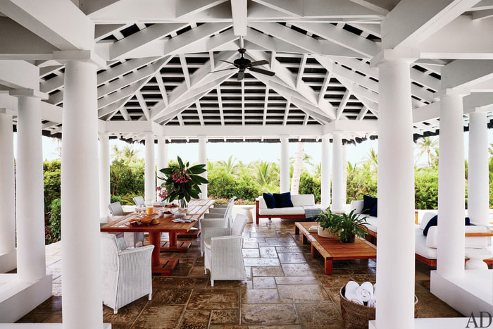 Faith Hill, Tim McGraw show off Bahamas beach house