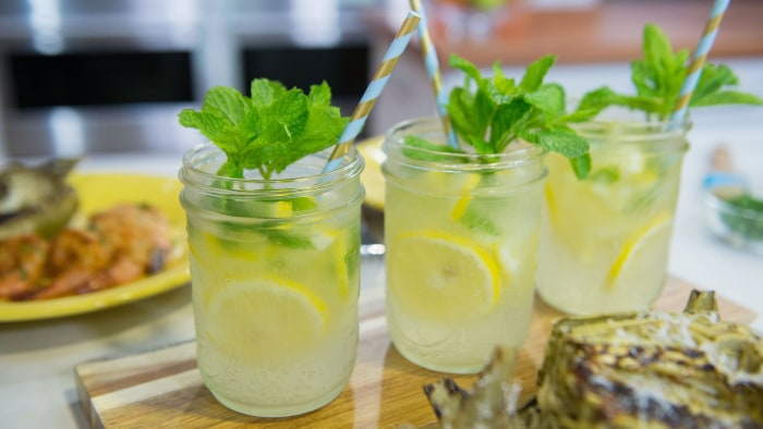 Sparkling Wine Lemonade Punch
