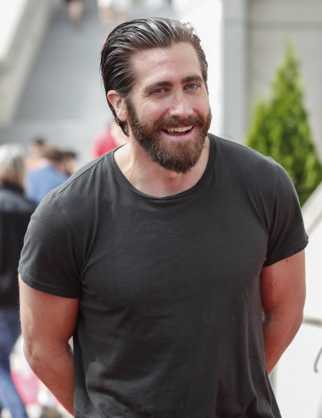 Jake Gyllenhaal's new Tribeca apartment in New York City ... Jake Gyllenhaal
