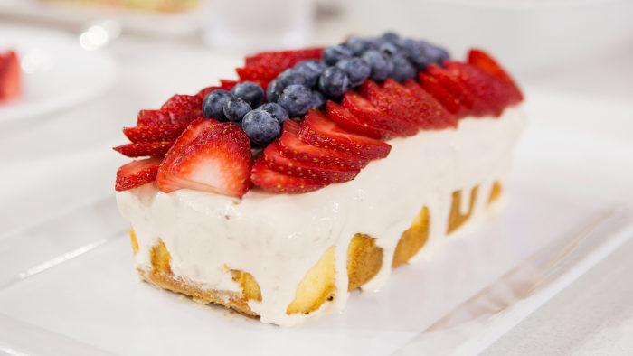 Easy Patriotic Poke Cake
