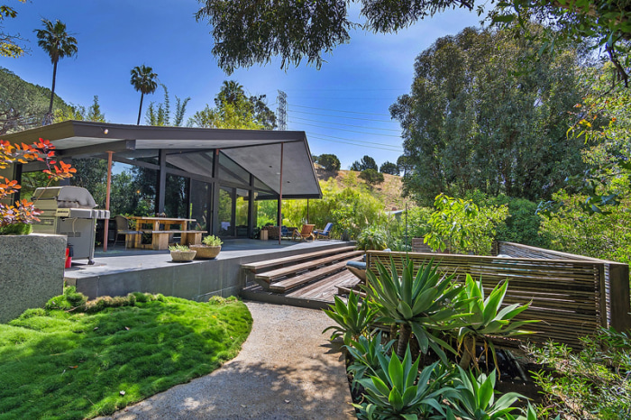 John legend and chrissy teigen 39 s home is for sale see for John f long homes