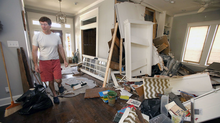 Suspected drunken driver smashes into Waco 'Fixer Upper' house