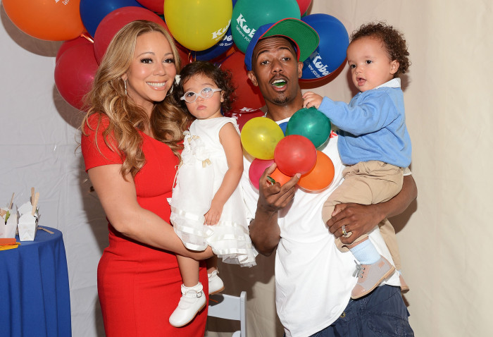 Amanda Edwards  Getty Images       The couple with their twins Monroe and Moroccan in 2012