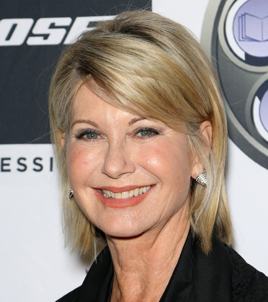 Olivia Newton-John Tells Fans She's 'Feeling Great' During Cancer Recovery