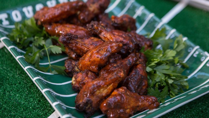 Southern barbecue chicken wings today gail simmons southern barbecue chicken wings forumfinder Choice Image
