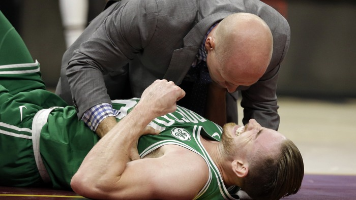 Gordon Hayward relives gruesome injury: 'Something very wrong here'
