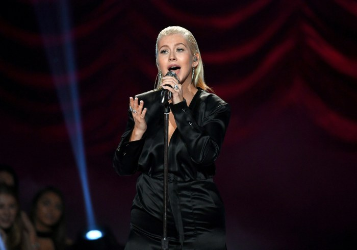 Pink denies shading Christina Aguilera