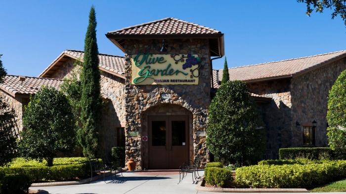 39 Never Ending Pasta 39 Chain Olive Garden To Offer Lighter