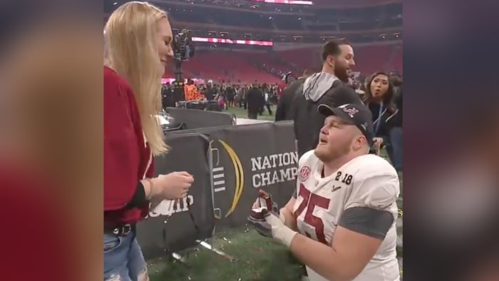 Alabama lineman celebrates championship by proposing to girlfriend
