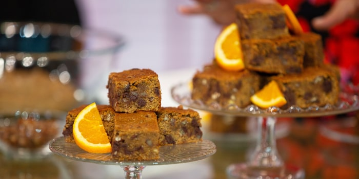 Joy Bauer's Orange-Chamomile Blondies, Mediterranean Zucchini Boats, Lentil Hummus