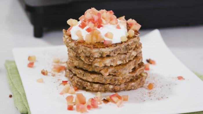 Apple protein pancakes healthy breakfast recipe Joy Bauer