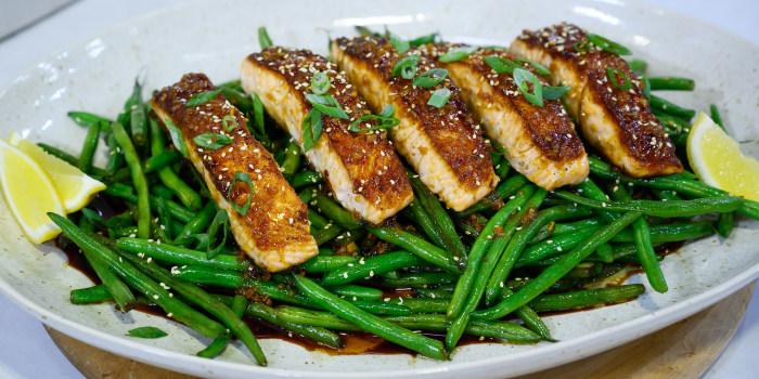 Skillet Salmon and Sesame Green Beans