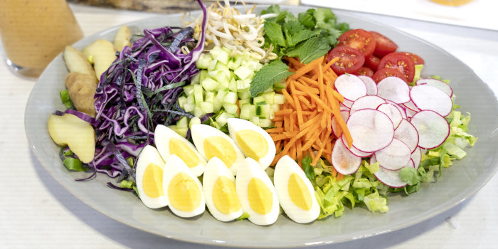 Daphne Oz's Chicken Satay + Thai Nicoise Salad + Tropical Fruit Pops
