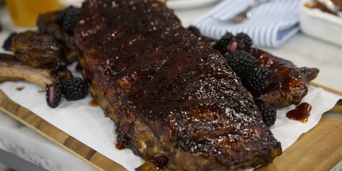 Blackberry Barbecue Ribs