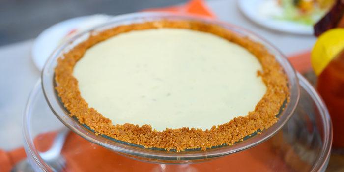 Elizabeth Heiskell and Carson Daly Fish Fry + BLT Salad + Key Lime Pie + Mojito