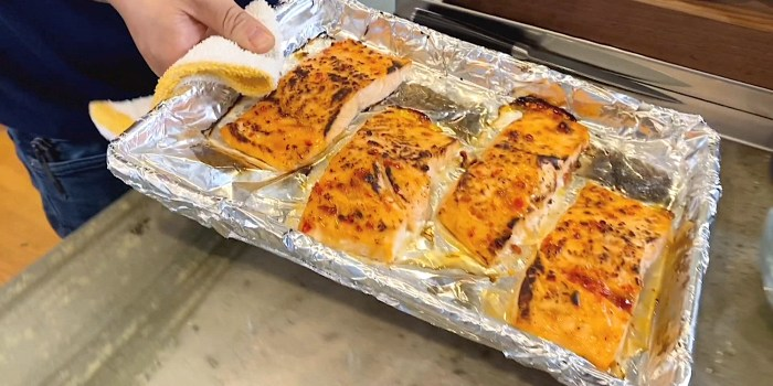 Sweet Chili Roasted Salmon