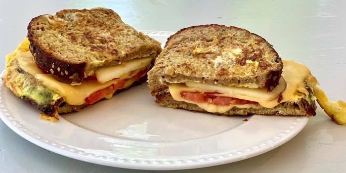 Joy Bauer's French Toast Grilled Cheese