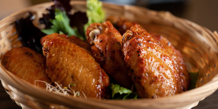 Barbecue Glazed Chicken Wings