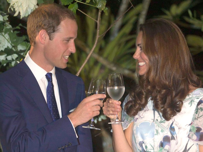 SINGAPORE - SEPTEMBER 13:  Catherine, Duchess of Cambridge and Prince William, Duke of Cambridge visit the British High Commisioner to Singapore's res...