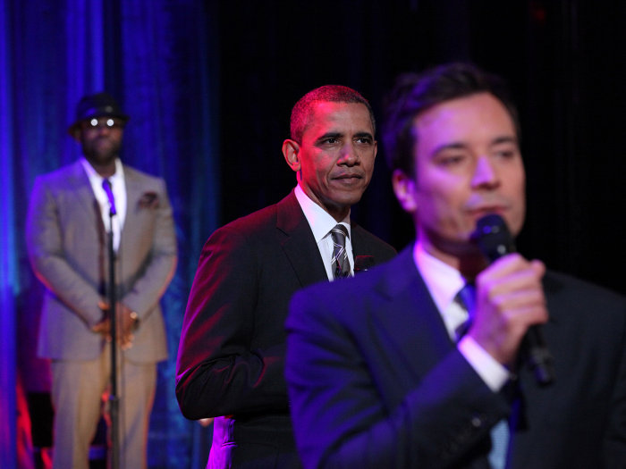 "LATE NIGHT WITH JIMMY FALLON -- Episode 622 -- Pictured: (l-r) Tariq ""Questlove"" Trotter, President Barack Obama, Jimmy Fallon -- (Photo by: Lloyd Bis..."