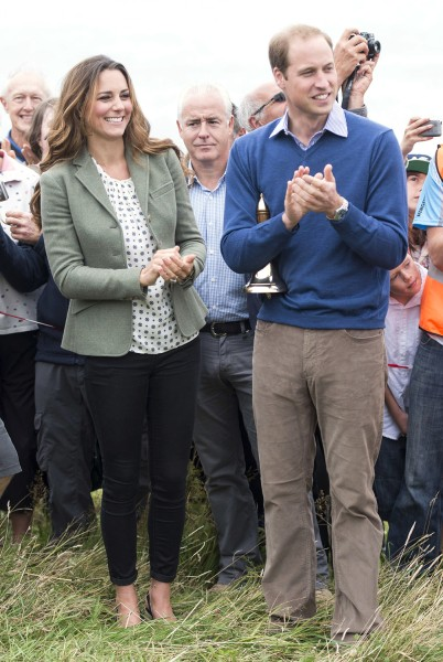 HOLYHEAD, WALES - AUGUST 30:  Catherine, Duchess of Cambridge and Prince William, Duke of Cambridge start The Ring O'Fire Anglesey Coastal Ultra Marat...
