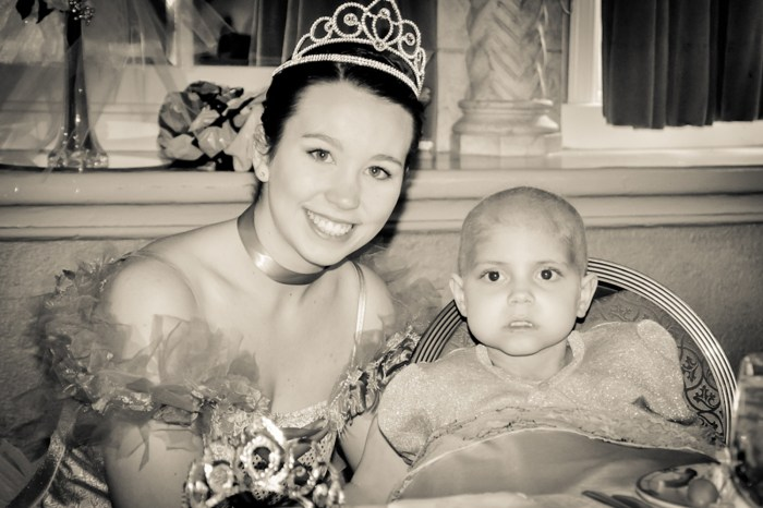 Image: Princess at princess party for sick little girl