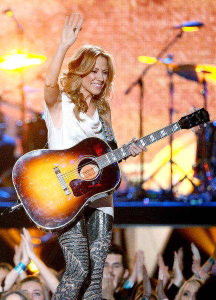 LAS VEGAS, NV - DECEMBER 10:  Recording artist Sheryl Crow performs onstage during the 2013 American Country Awards at the Mandalay Bay Events Center ...