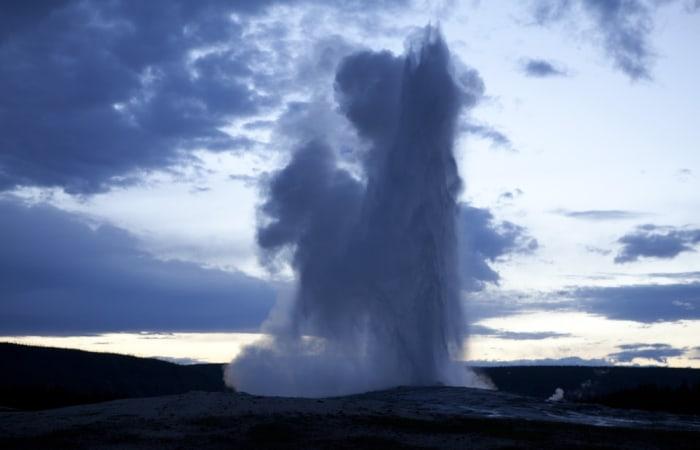 Image: Old Faithful, Yellowstone