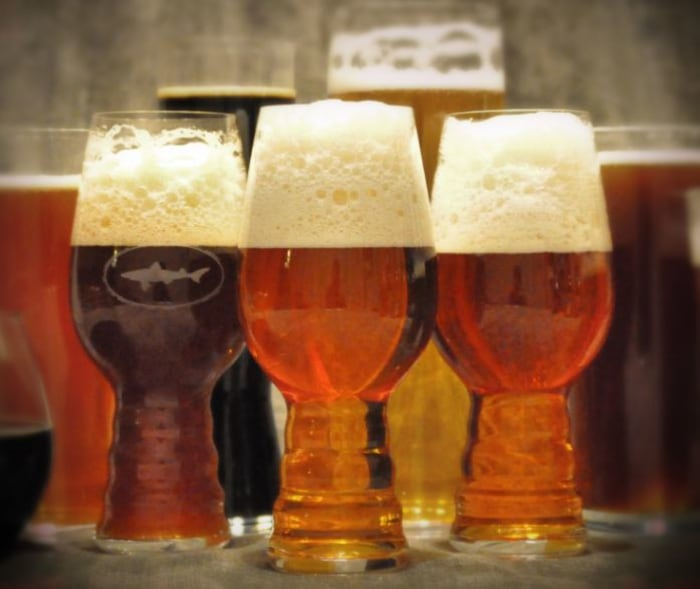If you must choose an IPA glass, choose wisely (in other words, not for the looks).