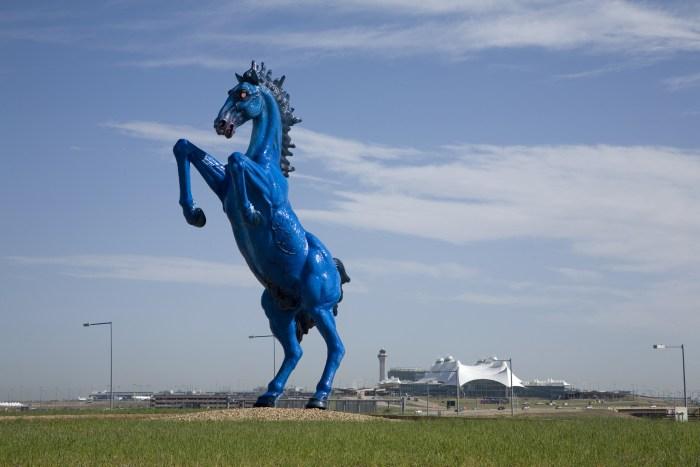 Mustang sculpture
