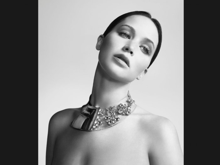 Actress Jennifer Lawrence believes digital manipulation was involved in her latest ad campaign.