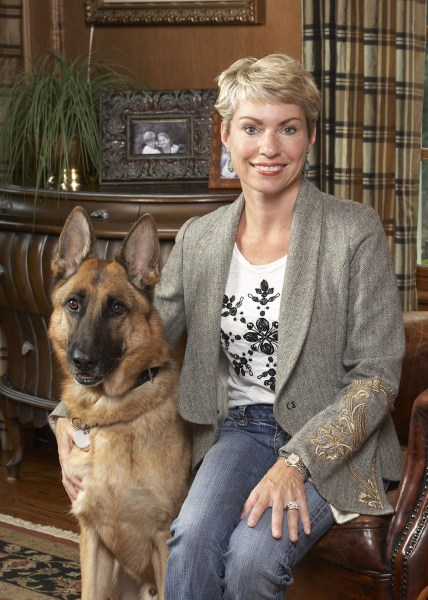 Image: Leslie Deets with dog