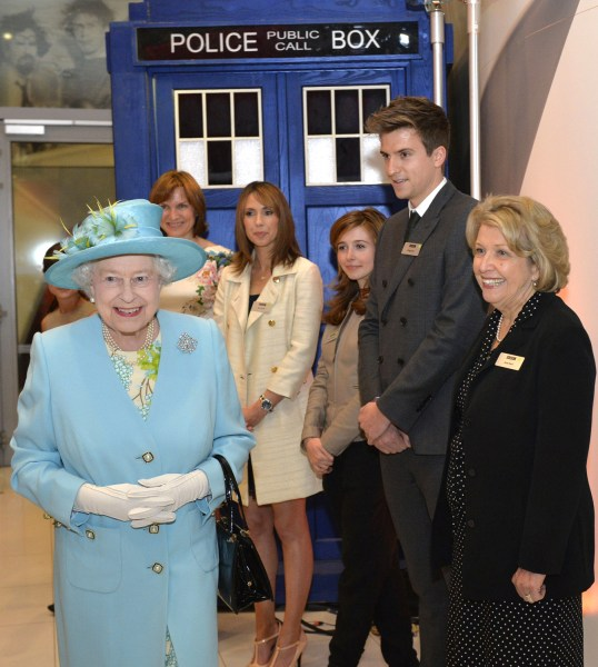 Queen Elizabeth II paid a visit to officially open the headquarters of the BBC's new Broadcasting House in central London on Friday.