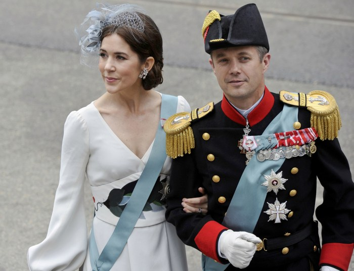 Crown Prince Frederik (R) and Crown Princess Mary of Denmark arrive for a religious ceremony at Nieuwe Kerk church in Amsterdam April 30, 2013.  The N...