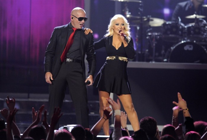 Image: Christina Aguilera and Pitbull