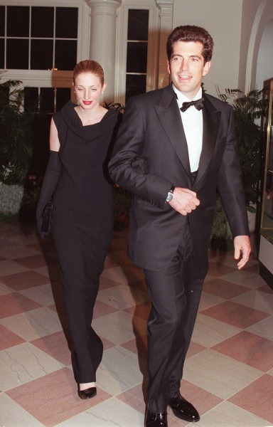 John F. Kennedy Jr. and Carolyn Bessette arrive at the White House for a state dinner.